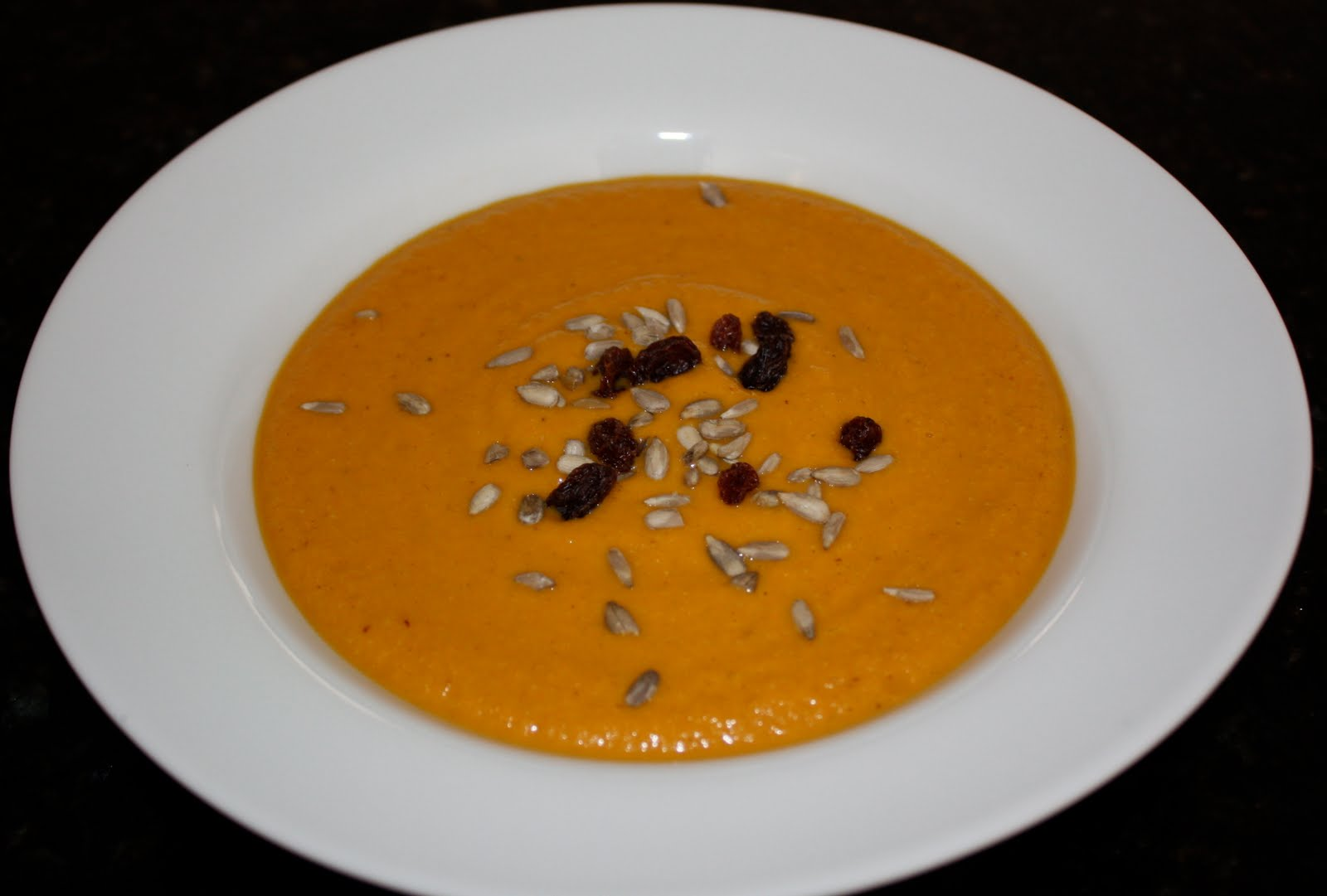 Raw+Curried+Carrot+Soup.JPG