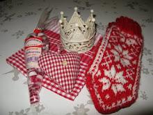 Rød og kvit giveaway hos Miras Hjørne