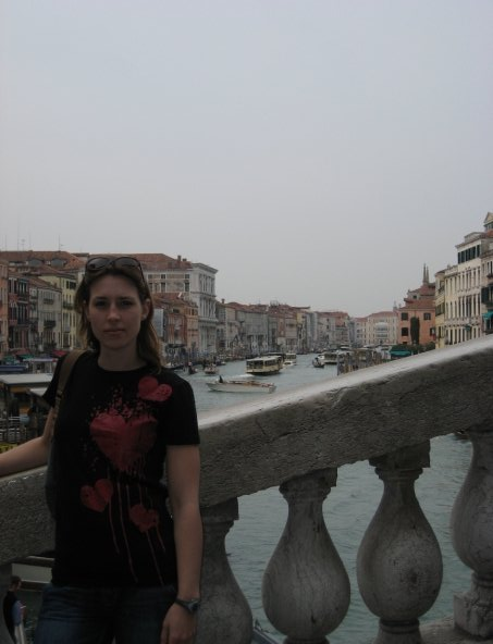 bleeding heart emo tshirt europe