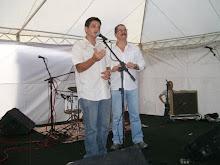 O jornalista e poeta Cristiano Jerônimo recitou, pela UBE-PE, em homenagem a Raul Seixas