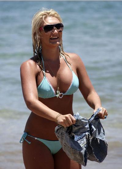 Linda Hogan Nipples 4