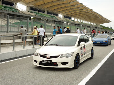 Time To Attack Sepang Honda Civic Type R
