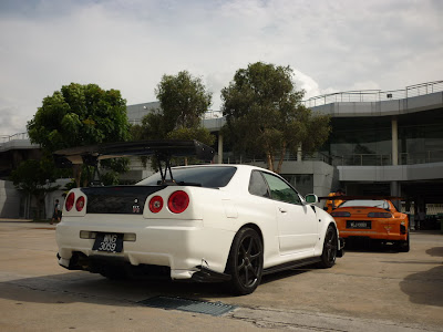 Time To Attack Sepang Skyline R34 and the widen Supra