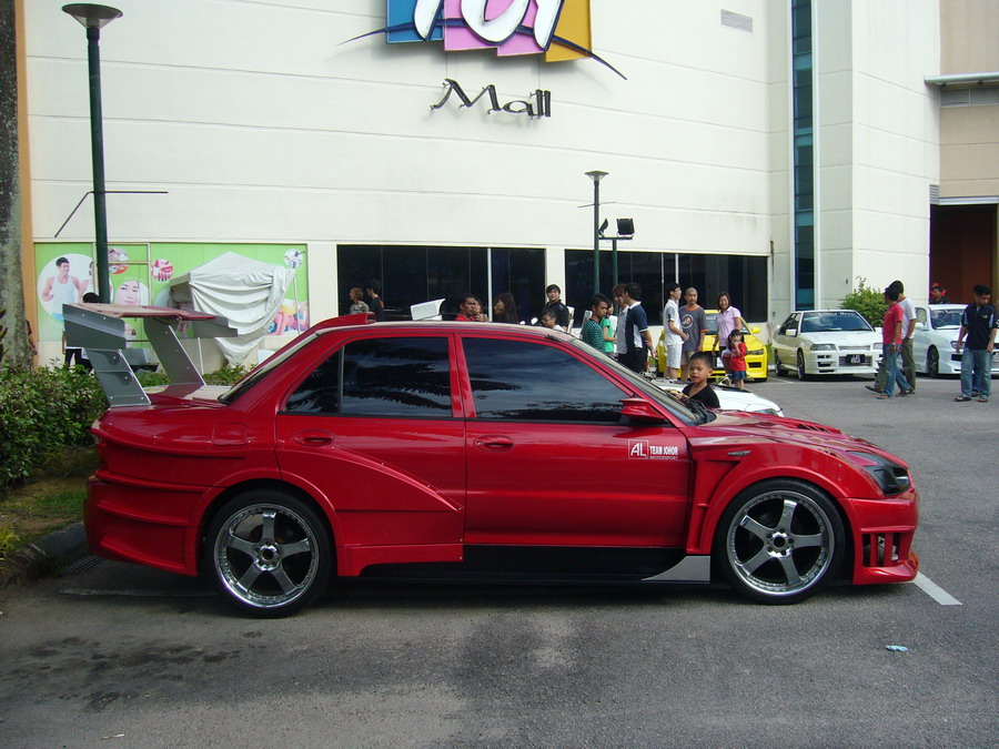 Extreme Wira Wide Body Kit