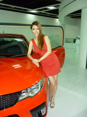 show girls of KL International Motor Show 2010 (KLIMS 10)