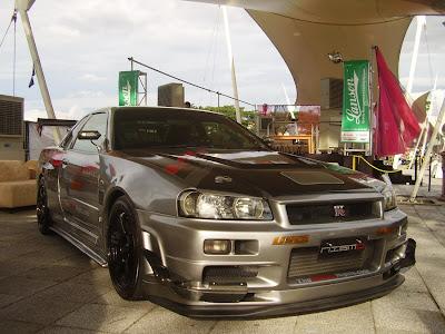 Tuned Skyline R34 GTR