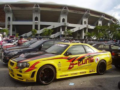 Nissan Skyline R34 racing style