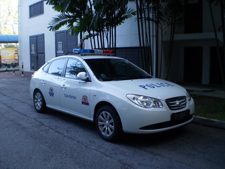 Hyundai%2Bavante%2Bs%2Bpolice%2Bcar.jpg