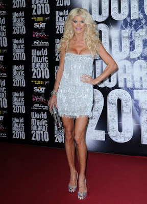Victoria Silvstedt Lovely With Cocktail Dress