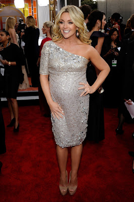 Jane Krakowski Looks Elegant In One Shoulder Dress