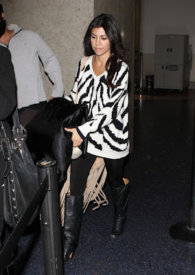Kourtney Kardashian Looks Casual In V-neck Sweater