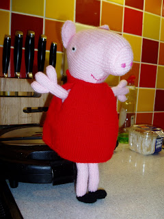 George Pig Knitting Pattern Jumper : FREE PEPPA PIG KNITTING PATTERN JUMPER - VERY SIMPLE FREE KNITTING PATTERNS