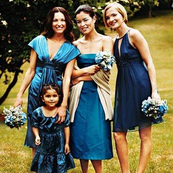 I LOVE mismatched bridesmaids dresses!