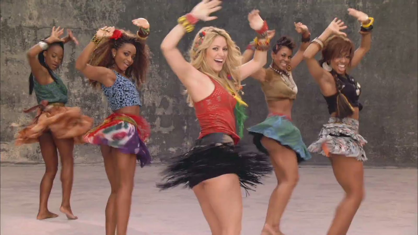 Hot Shakira In Waka-Waka Song Pictures