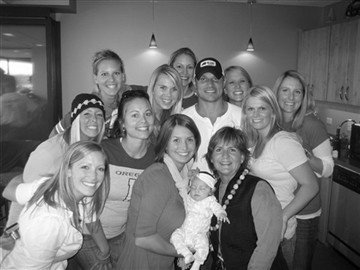 [nick+lachey+and+girls[1].JPG]