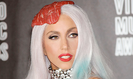 lady gaga poker face makeup. LADY GAGA MAKEUP POKER FACE
