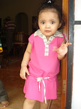 Auni memakai Gown Burberry Pink...