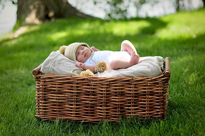 Minneapolis Newborn & Family Photographer
