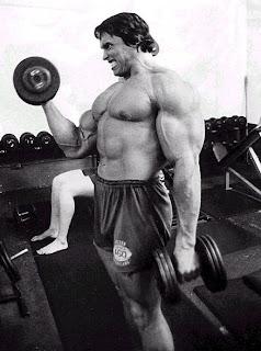 Como tener los biceps de Arnold Schwarzenegger !!