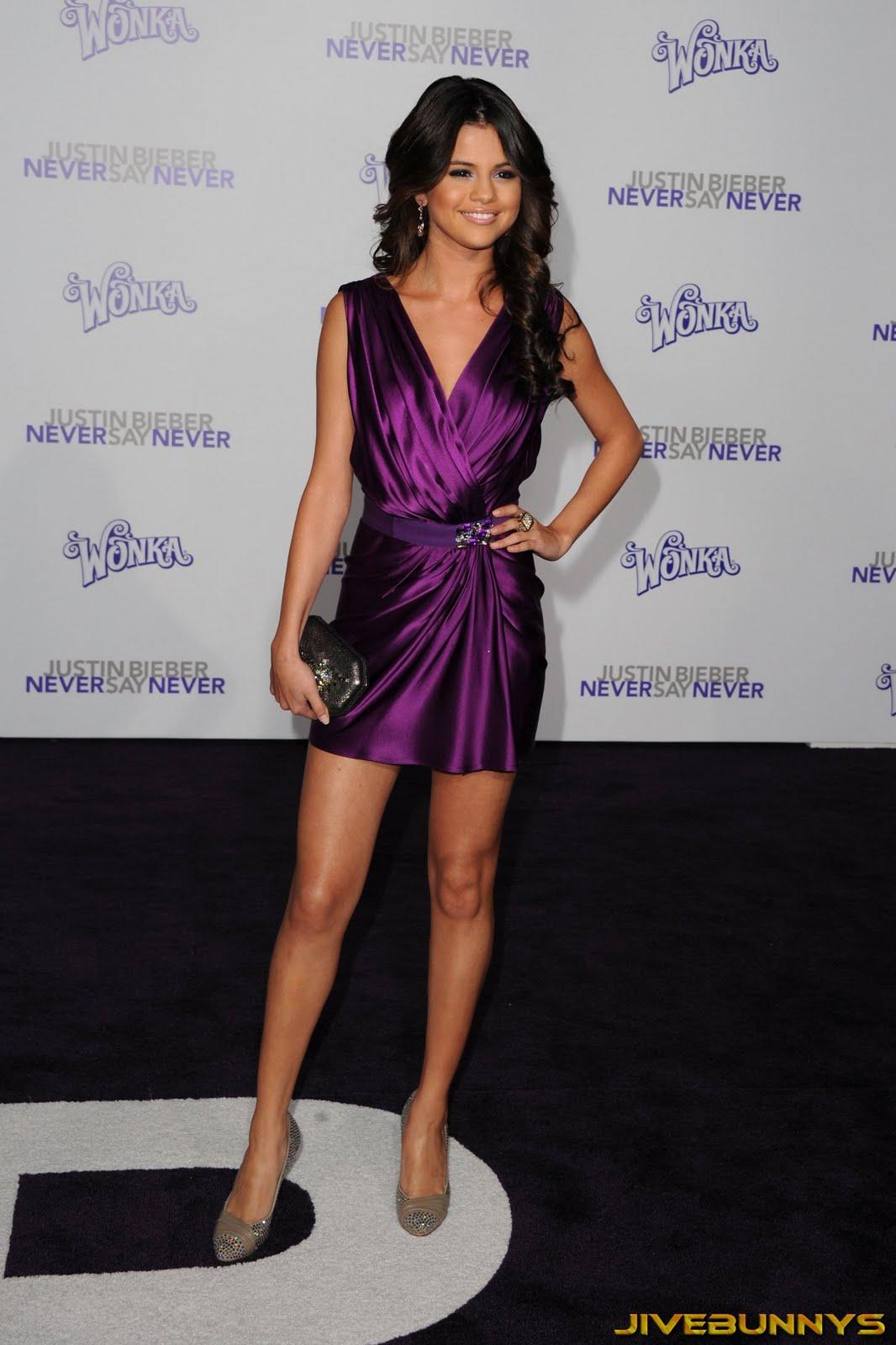 http://2.bp.blogspot.com/_MCy6UZ3NI5M/TVJdN_EWzqI/AAAAAAABde0/_v3T-c_4Xaw/s1600/Selena-Gomez-Never-105036.jpg