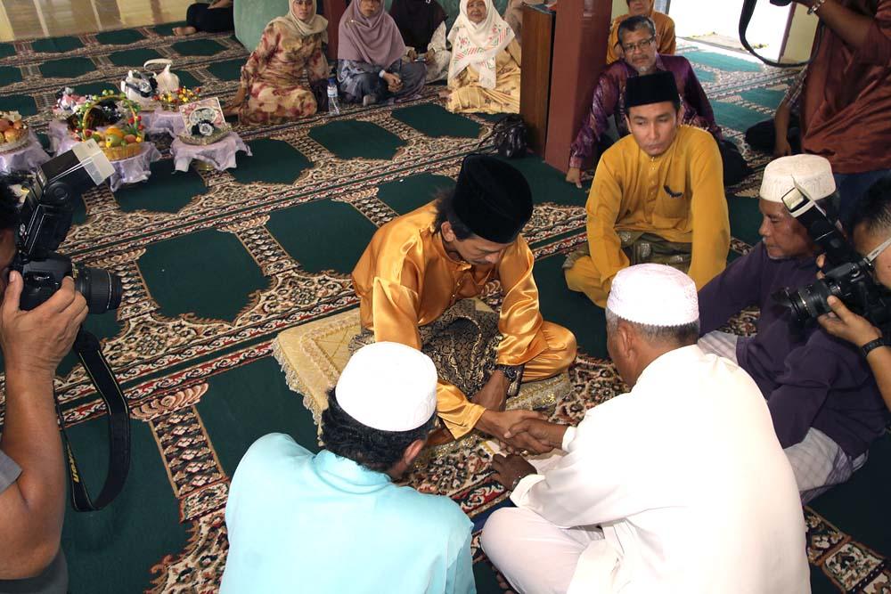 Adab dalam Akad Nikah