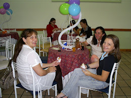 A festa acontece no dia 12/12 no Buffet Radical Kids