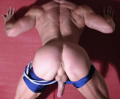 Gay Muscle Big Cock Blowjob