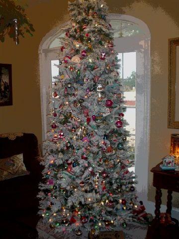 Heath Flocked Antique Tree