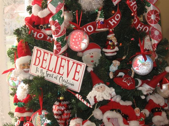 Melody Santa Tree Close Up