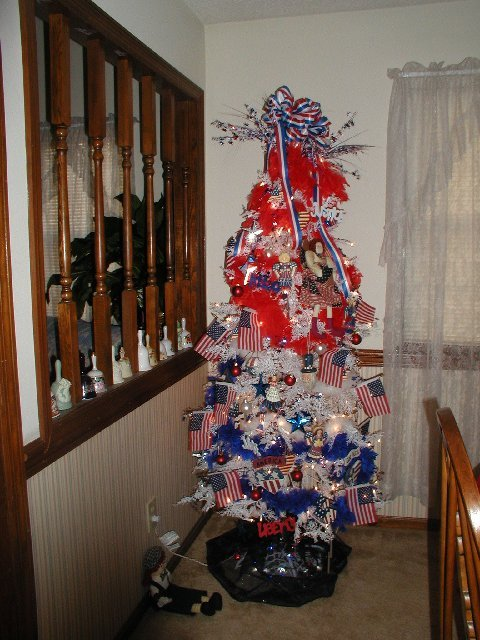 Jan Patriotic Tree