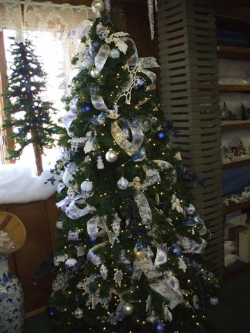 Pix taken by Janet at Country Chirstmas Store