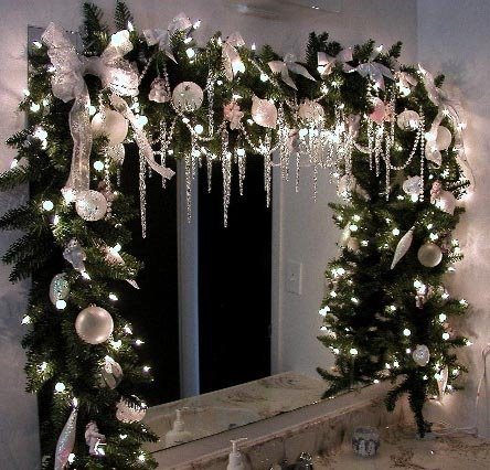 White Trimmed Garland