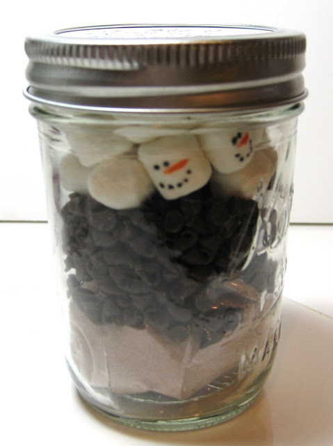 mini marshmallow snowman hot chocolate