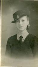 Dorothy W Platts