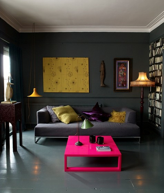 I'm not usually a fan of dark painted walls, but when I spotted this grey  apartment (found here) I thought it looked very cool (clearly some people  can make ...