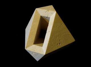 トラバーチンの抽象彫刻 エジプト Egyp