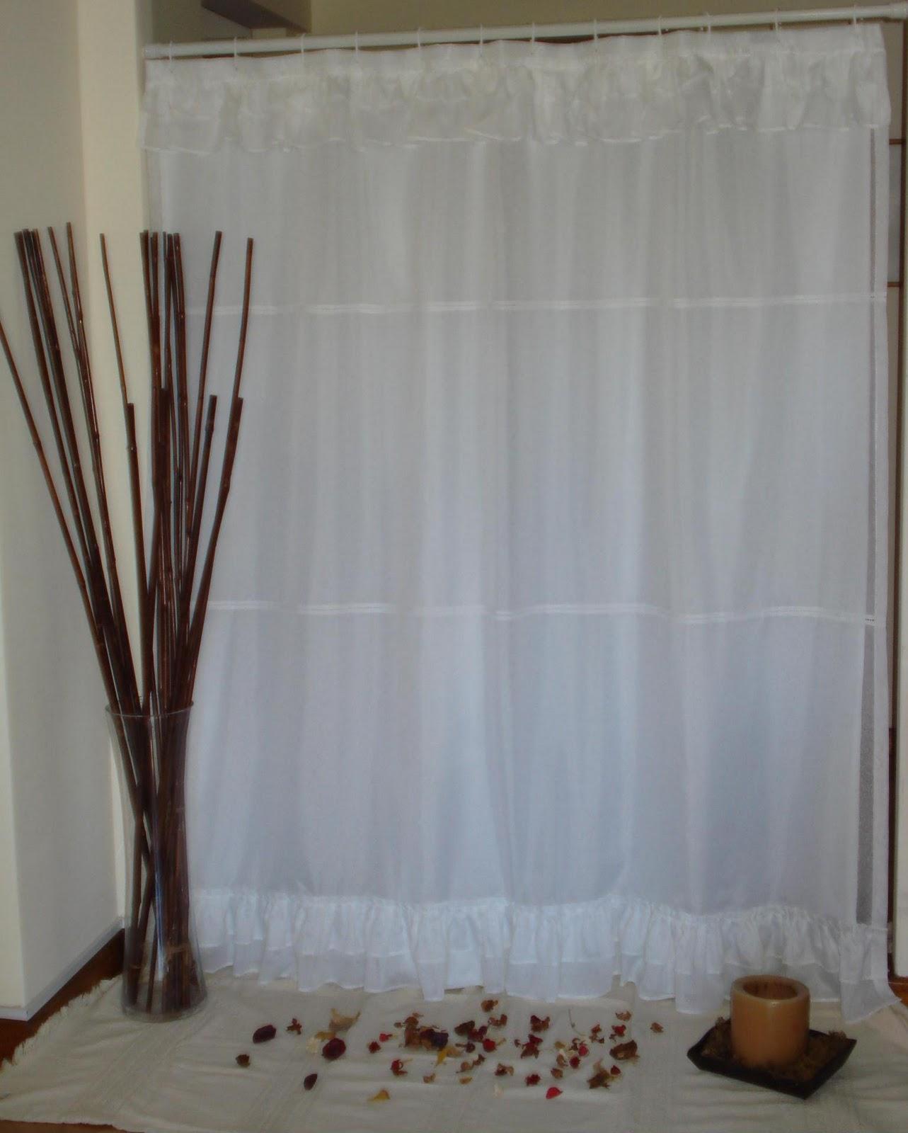 Cortinas de ba o bordadas en cinta for Ojales para cortinas de bano
