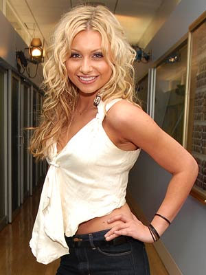 alyson michalka aly 400a080207 Snow White ( 10 Year Later )