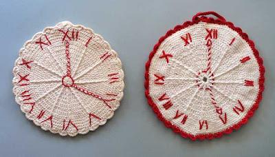 vintage crochet clock potholders