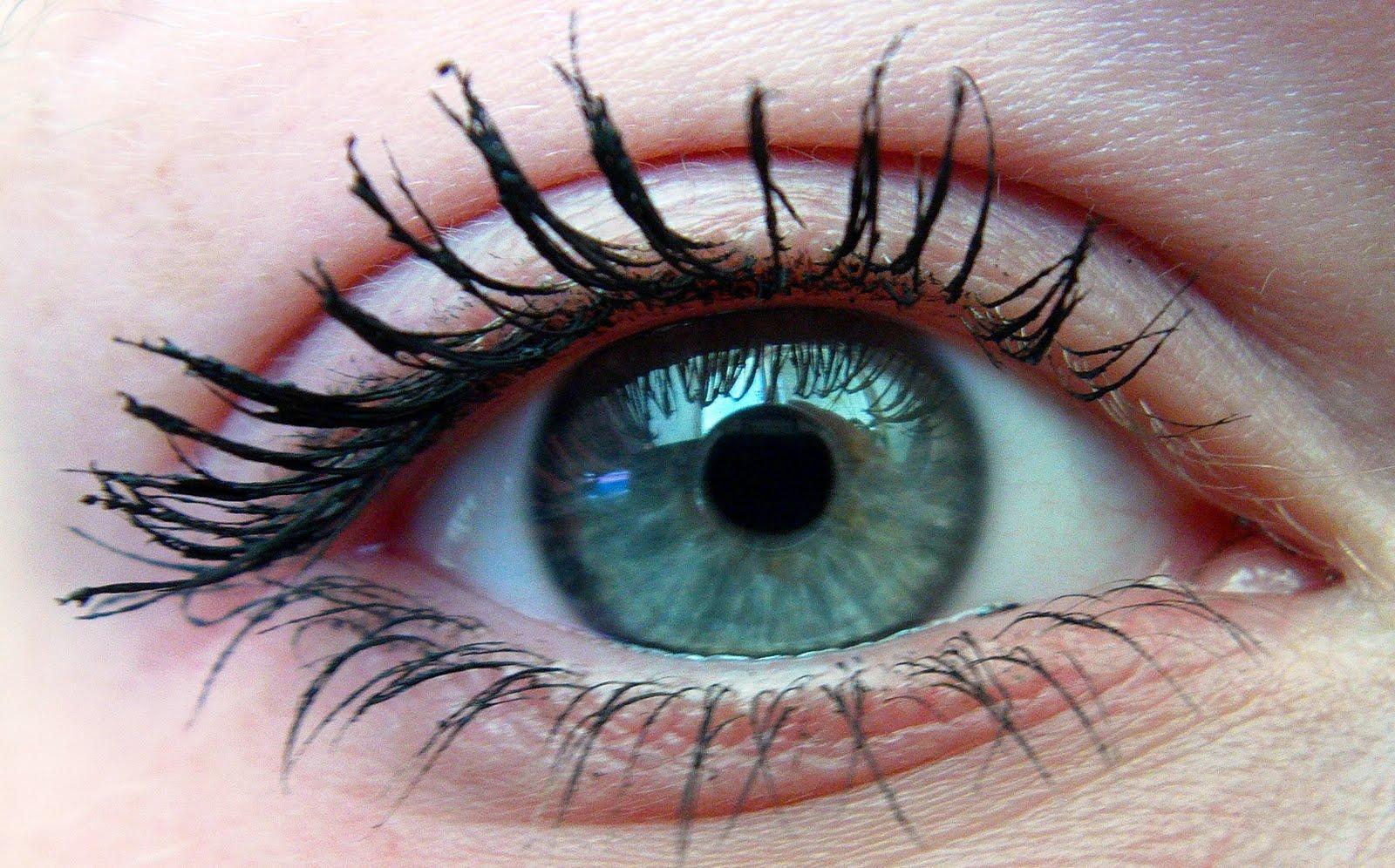 All Eyes On Me Mascara hd image