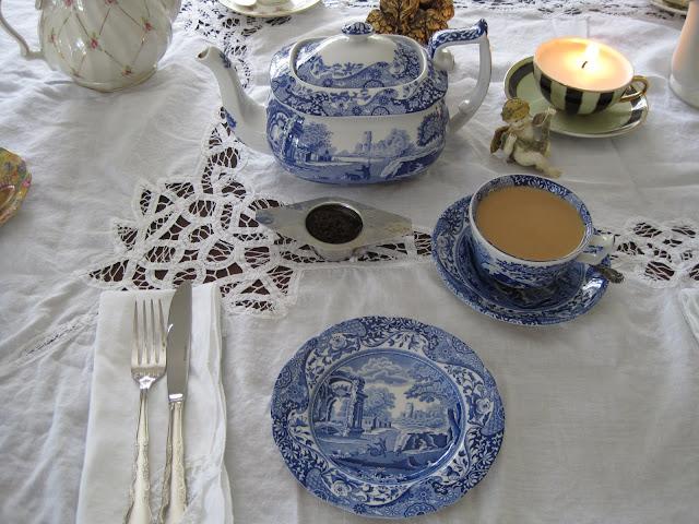 Valentine's Tea Party, Natasha in Oz, Tea, Spode Blue Italian
