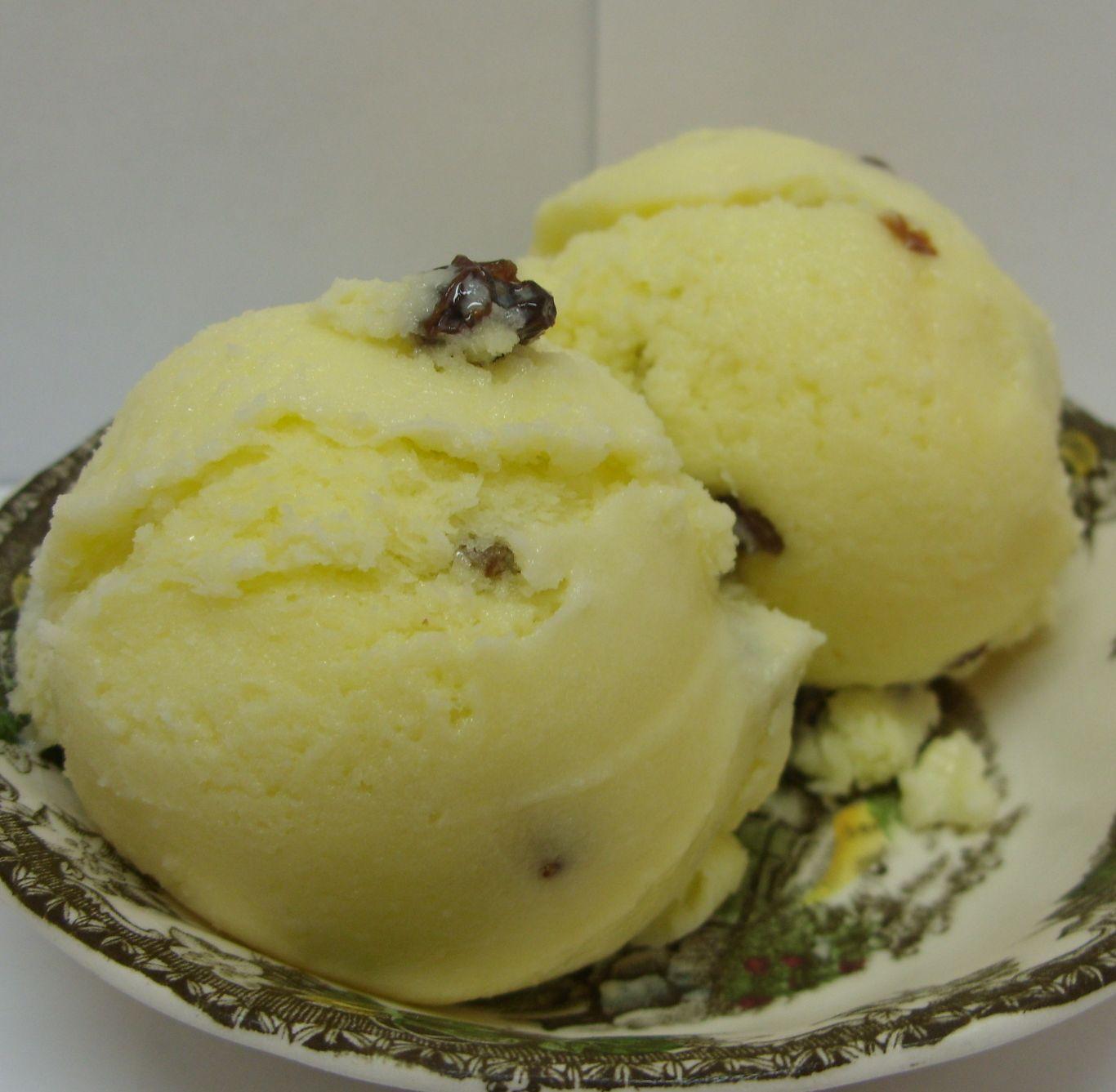 Eat The Blog: Raisin/Anise Ice Milk