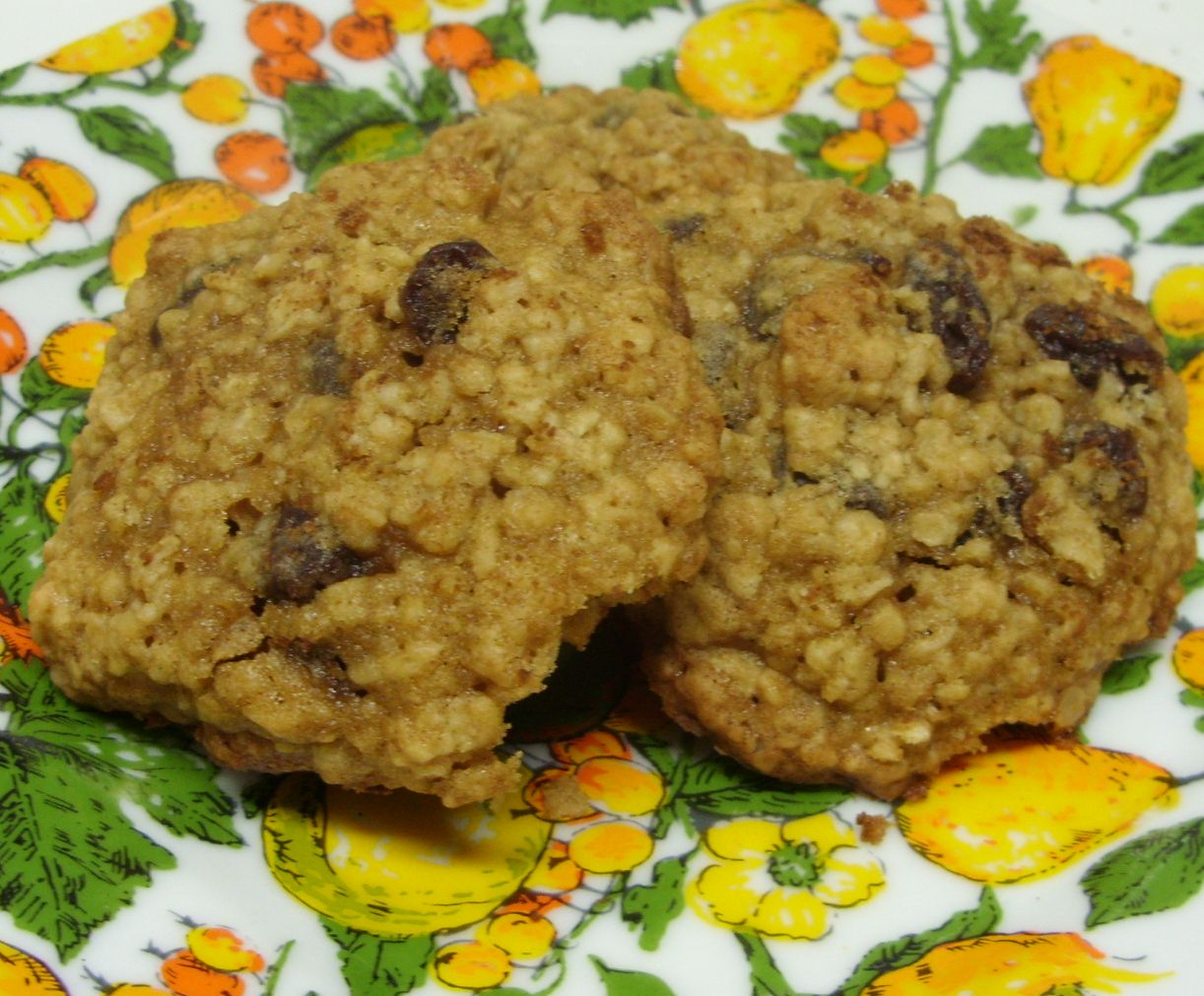 Eat The Blog: Buttermilk Oatmeal Cookies