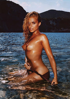 Clara Morgane boobs swimming