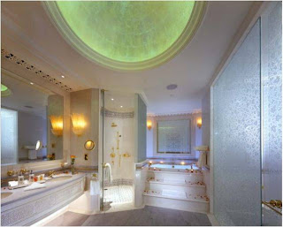 Uma das casas de banho da casa do sultao do emiratos arabes unidos