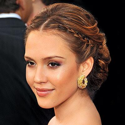 jessica alba short haircut 2011. 2010 Jessica Alba Hairstyles