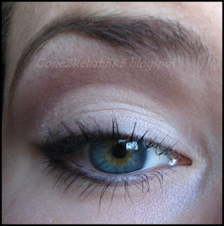Liner set with mineral eyeshadow by sweetscent in the shade Midnight burgundy