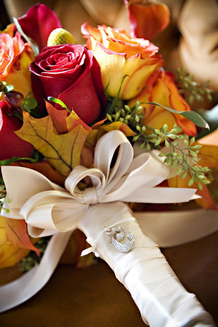 Fall brides have a great choice of fall colors and tones