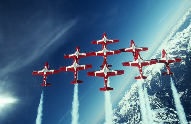 Milcom Monitoring Post: CanForce Snowbirds 2012-2013 Airshow Schedules