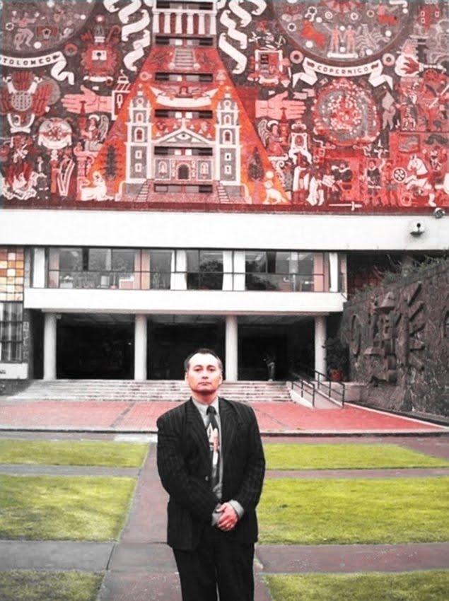 http://2.bp.blogspot.com/_MTMW0wRxmLE/TLD_0dCaRmI/AAAAAAAAA1M/c8HosUHaaZc/s1600/Dr.+Adolfo+Vasquez+Rocca+UNAM+.jpg
